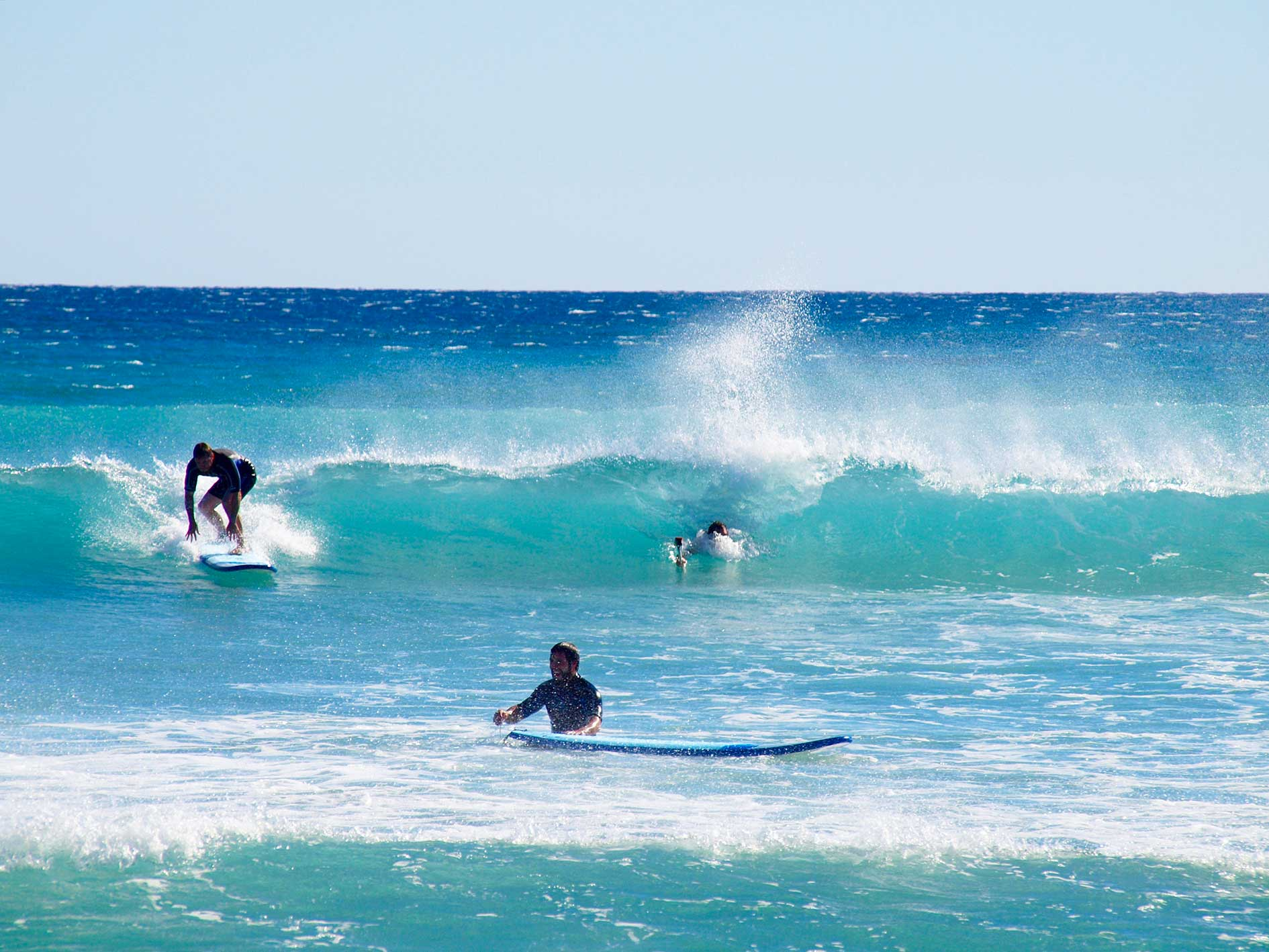 Learn to Surf, surf lessons exmouth, learn to surf lessons exmouth, beginner surf lessons exmouth, Surfboard Hire, Surf Lessons, Beginner, Intermediate, Soft Surfboards, Exmouth, Western Australia, Ningaloo Reef